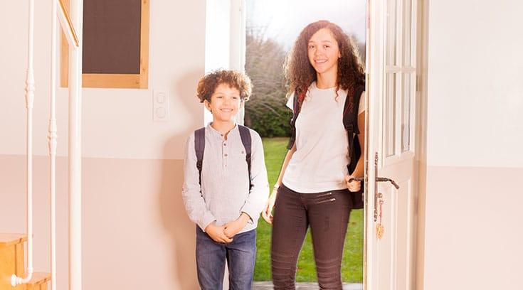 Kids-returning-home-using-smart-lock-code